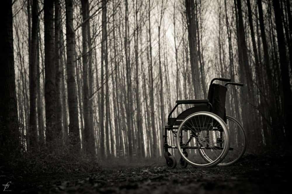 狂気に至る病~精神病院は昔見世物だった、という話。