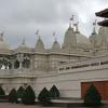 ロンドンのヒンドゥー教寺院は異世界に迷い込んだような空間