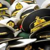 「アイアイサー」の語源とスコットランド語・海軍との関係とは?